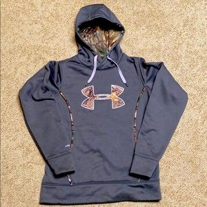 Size S women's Under Armour gray hoodie.